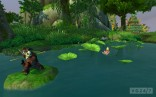 Male_Pandaren_in_a_practice_stance_in_a_lake_in_Jade_Forest