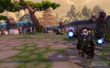 Male_Pandaren_shaman_casting_Lightning_Bolt_at_the_starting_area_on_the_Wandering_Isle
