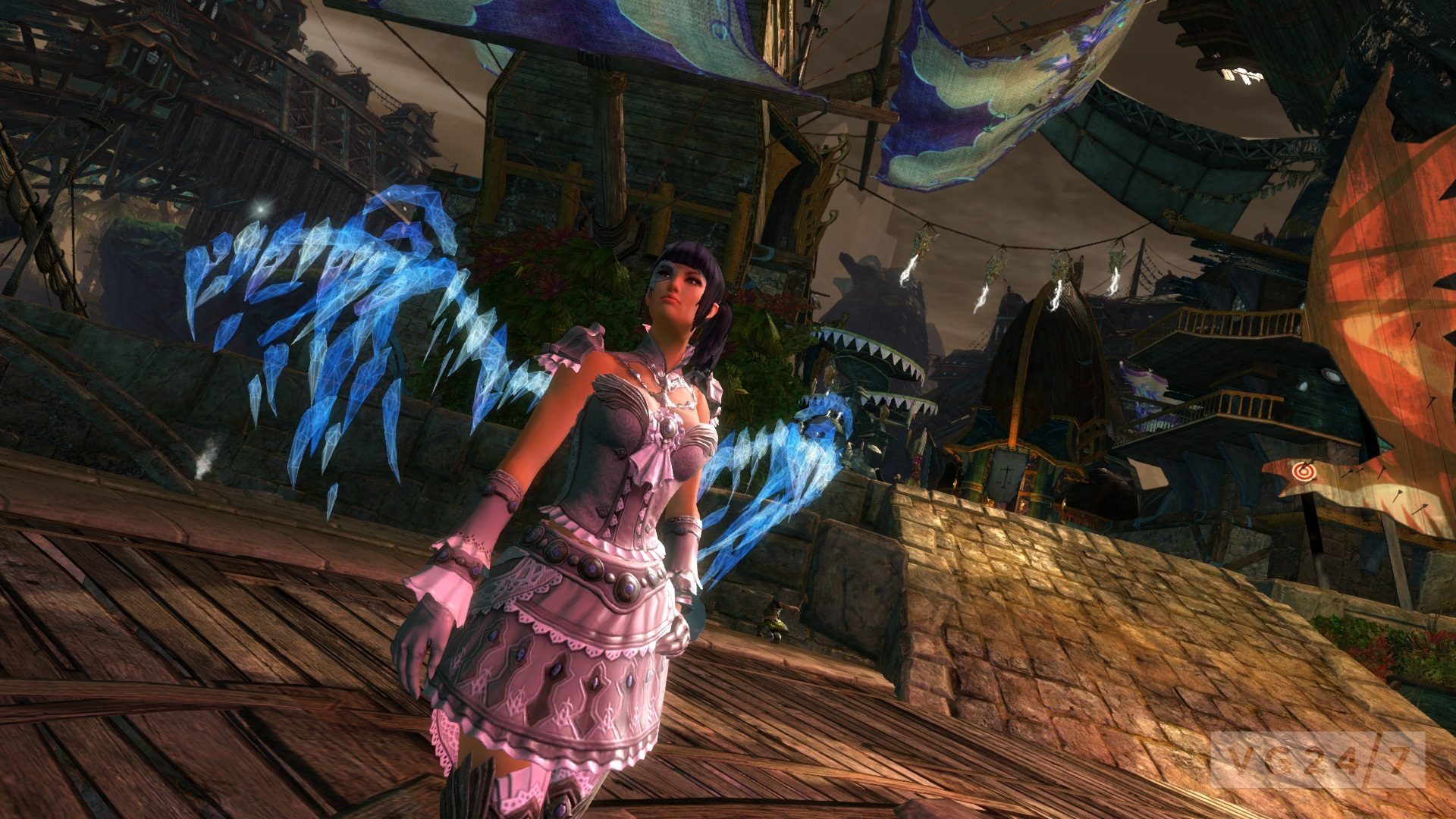 GW2 2013 06 DB Holographic Dragon Wings