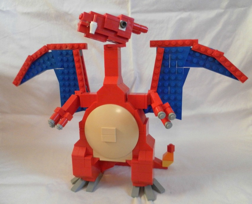 lego-pokemon-charizard