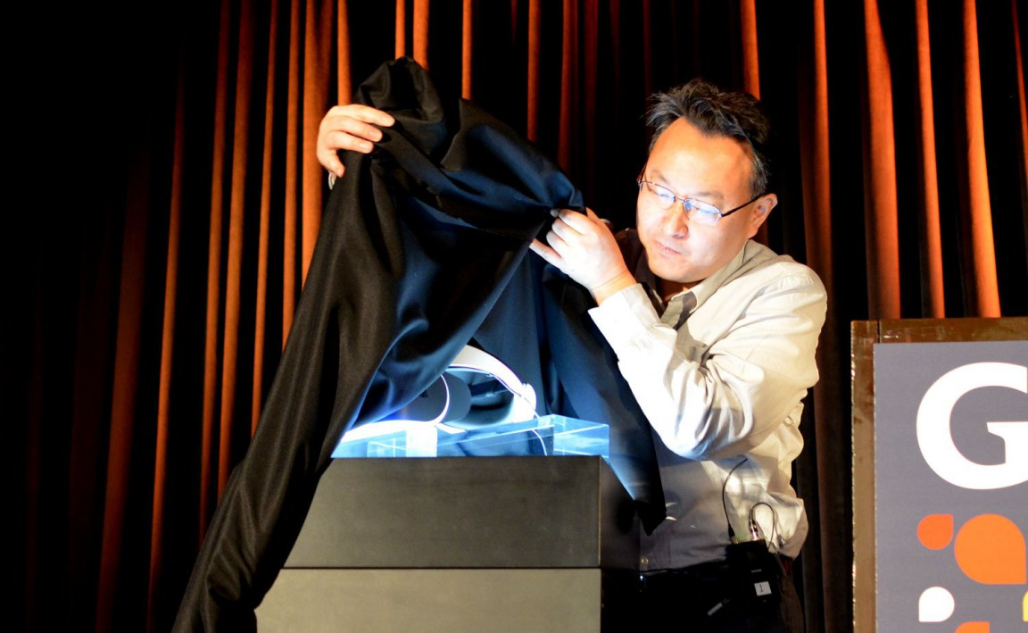 sony-project-morpheus-ps4-vr-headset-reveal