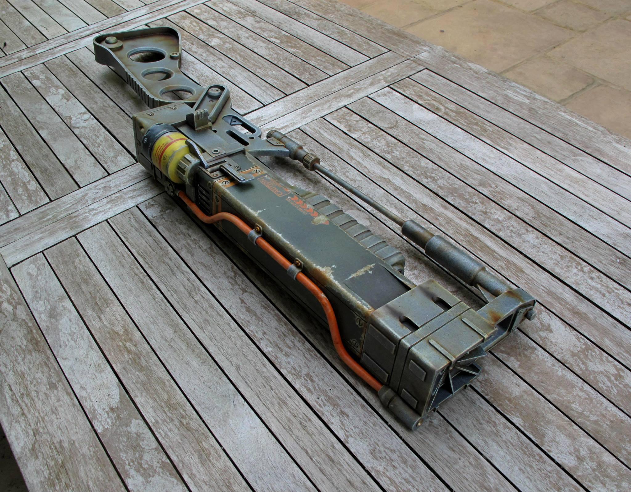 fallout_3_laser_rifle_1