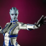 mass_effect_liara_tsoni_statue_5