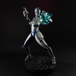 mass_effect_liara_tsoni_statue_6