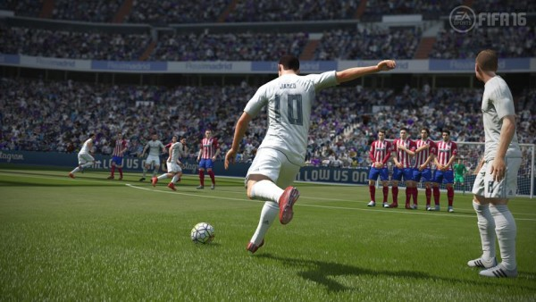 FIFA16_XboxOne_PS4_Gamescom_RMvATL_LR_WM (Copy)