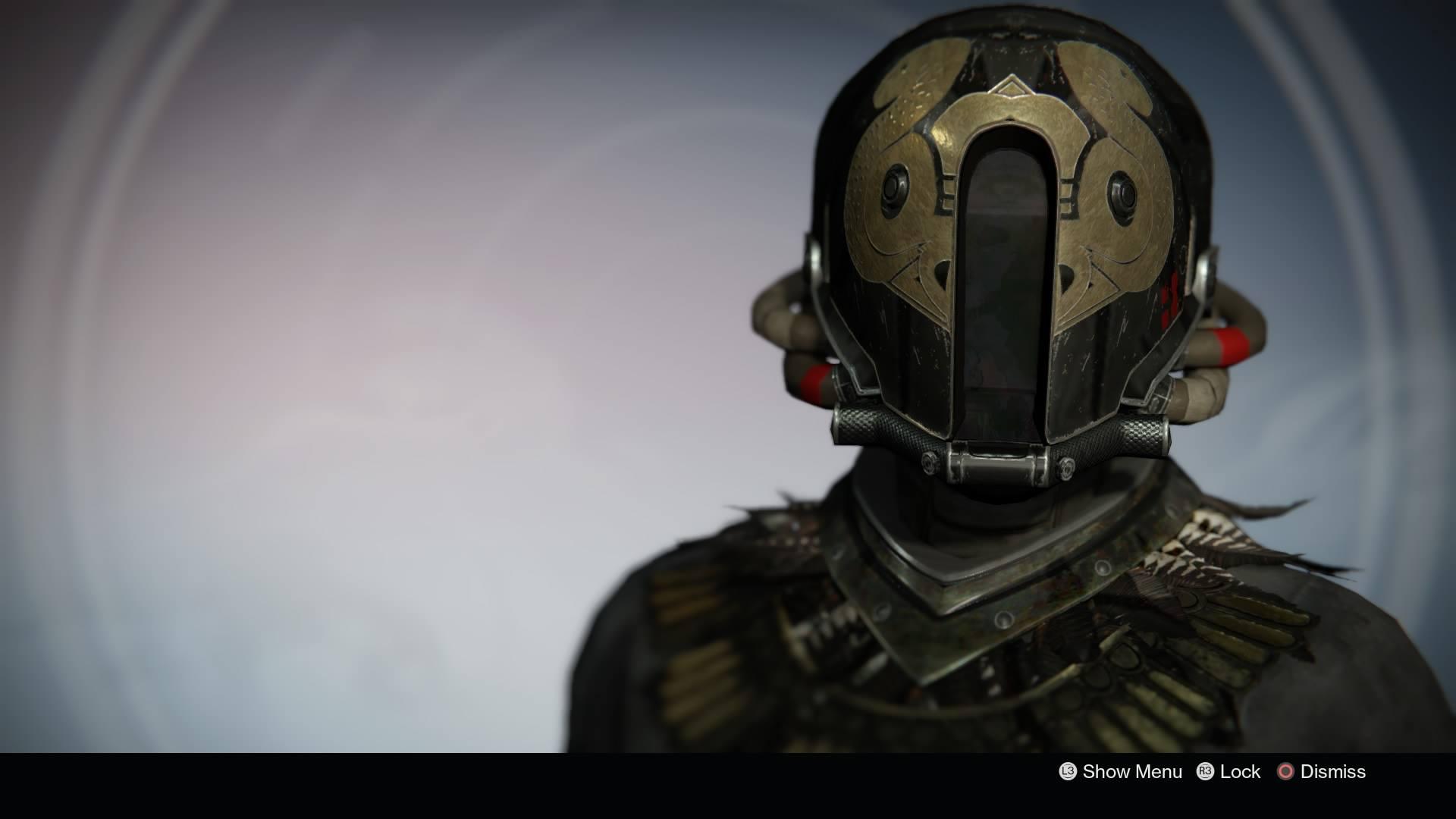 black_helmet