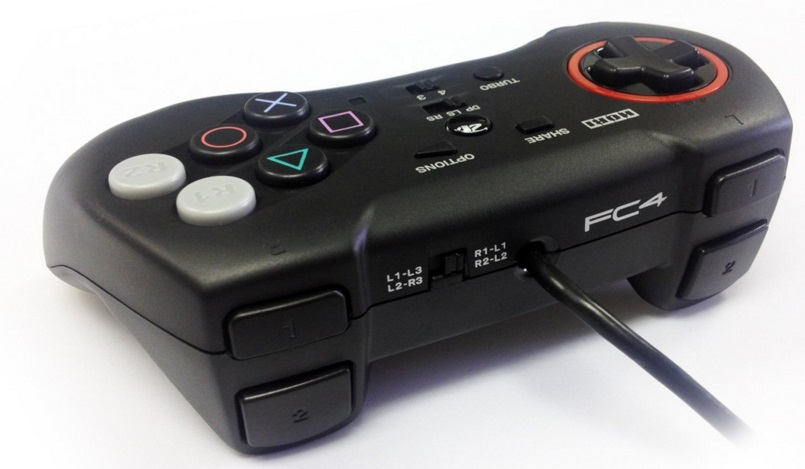 Hori Fighting Commander 4