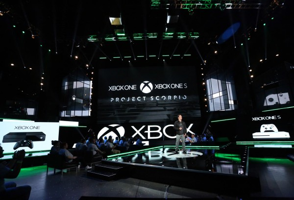 xbox_e3_2016_general_stage_shot_1