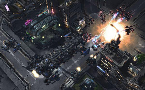 StarCraft 2 - final Nova Mission out this month, Alexi
