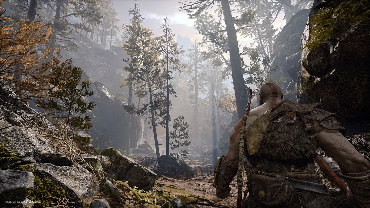 God Of War PS4 Trailer Showcases Kratos's New Axe