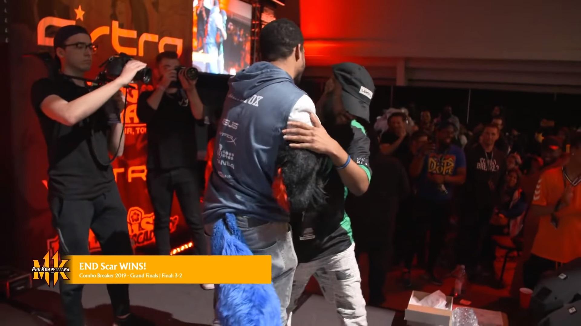 Scar defeats SonicFox in Mortal Kombat 11 Grand Finals at Combo Breaker 2019