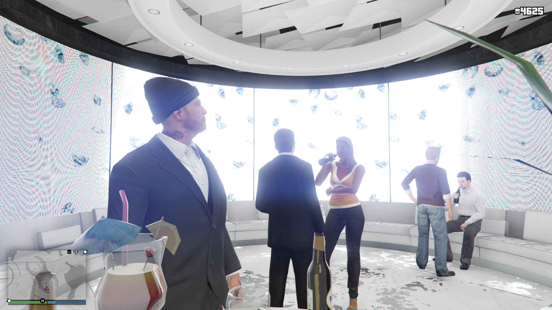 GTA Online's Casino update review: waking up in the toilets