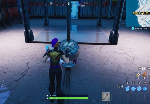 , Fortnite: dance with others to raise the disco ball in an icy airplane hangar, AllYourGames.com, AllYourGames.com