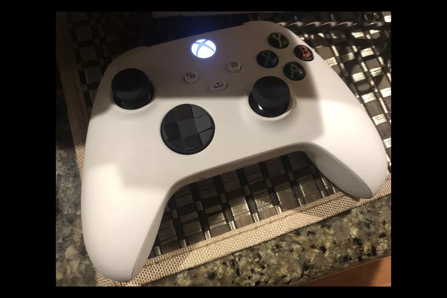 White Version Of Xbox Series X Controller Appears Online But It S Probably Just A Special Edition Vg247