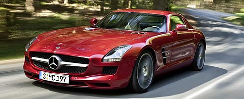 watch the mercedes sls amg in gran turismo 5 action vg247. Black Bedroom Furniture Sets. Home Design Ideas
