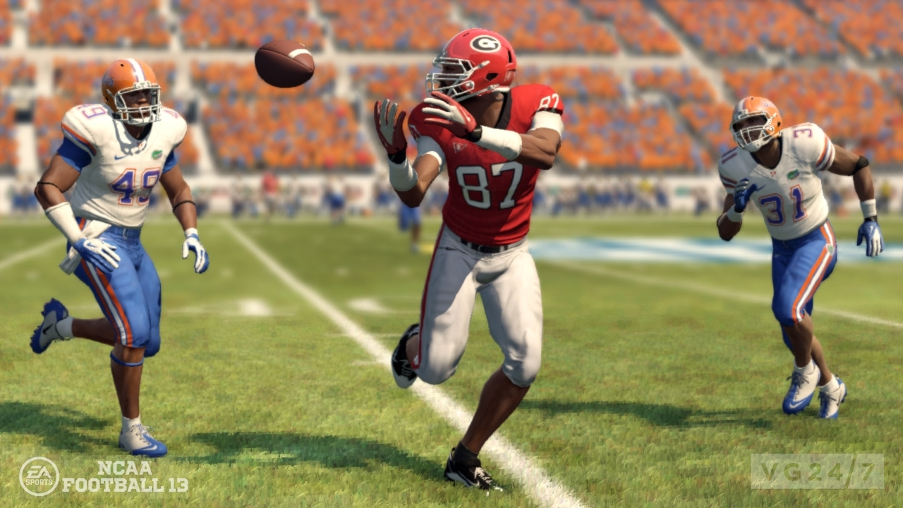 Soccer Football Sport Game: NCAA Football 13 Screens And Trailer Celebrate US Launch