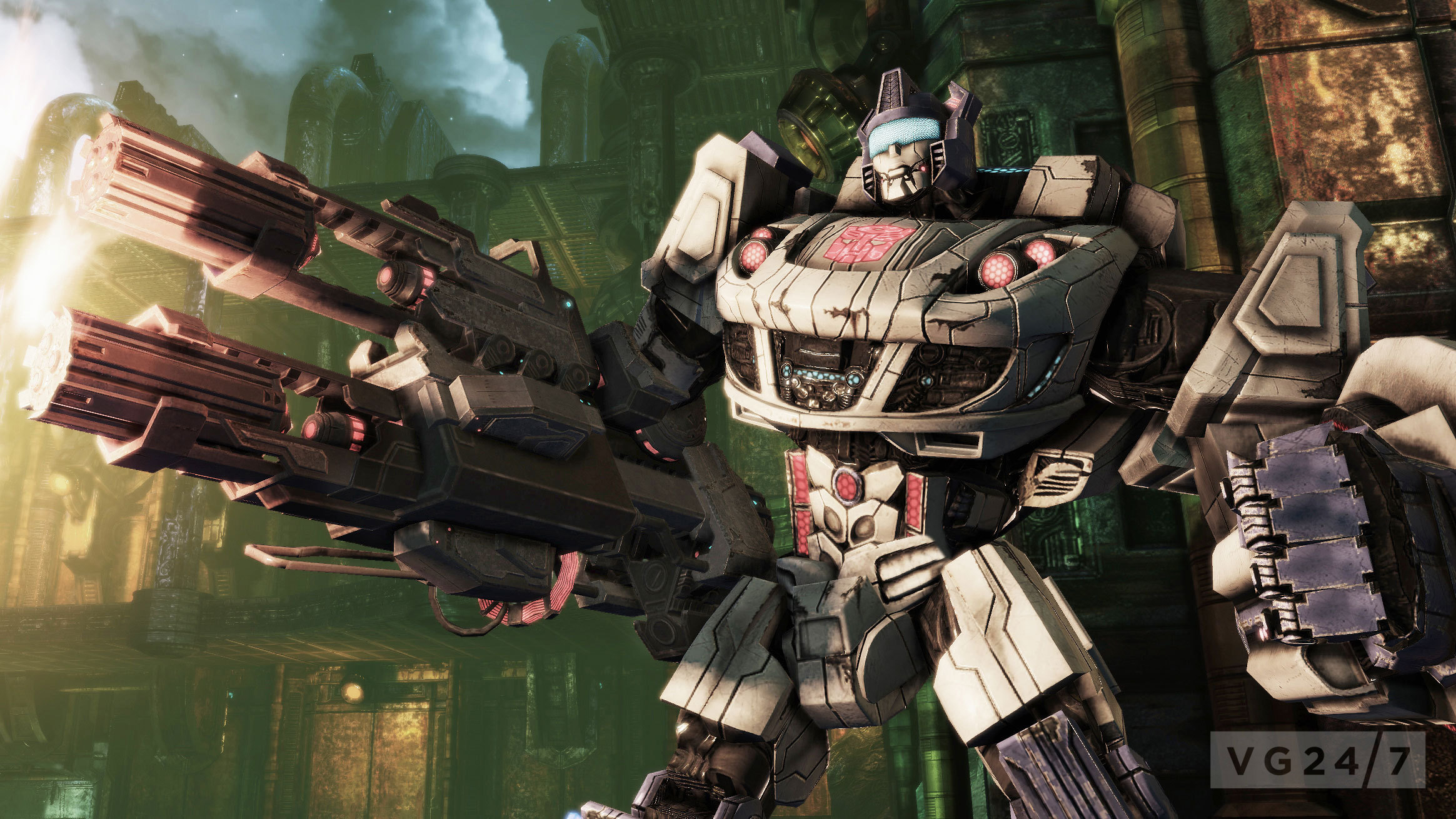 transformers fall of cybertron launch screens show multiplayer robotic carnage vg247. Black Bedroom Furniture Sets. Home Design Ideas