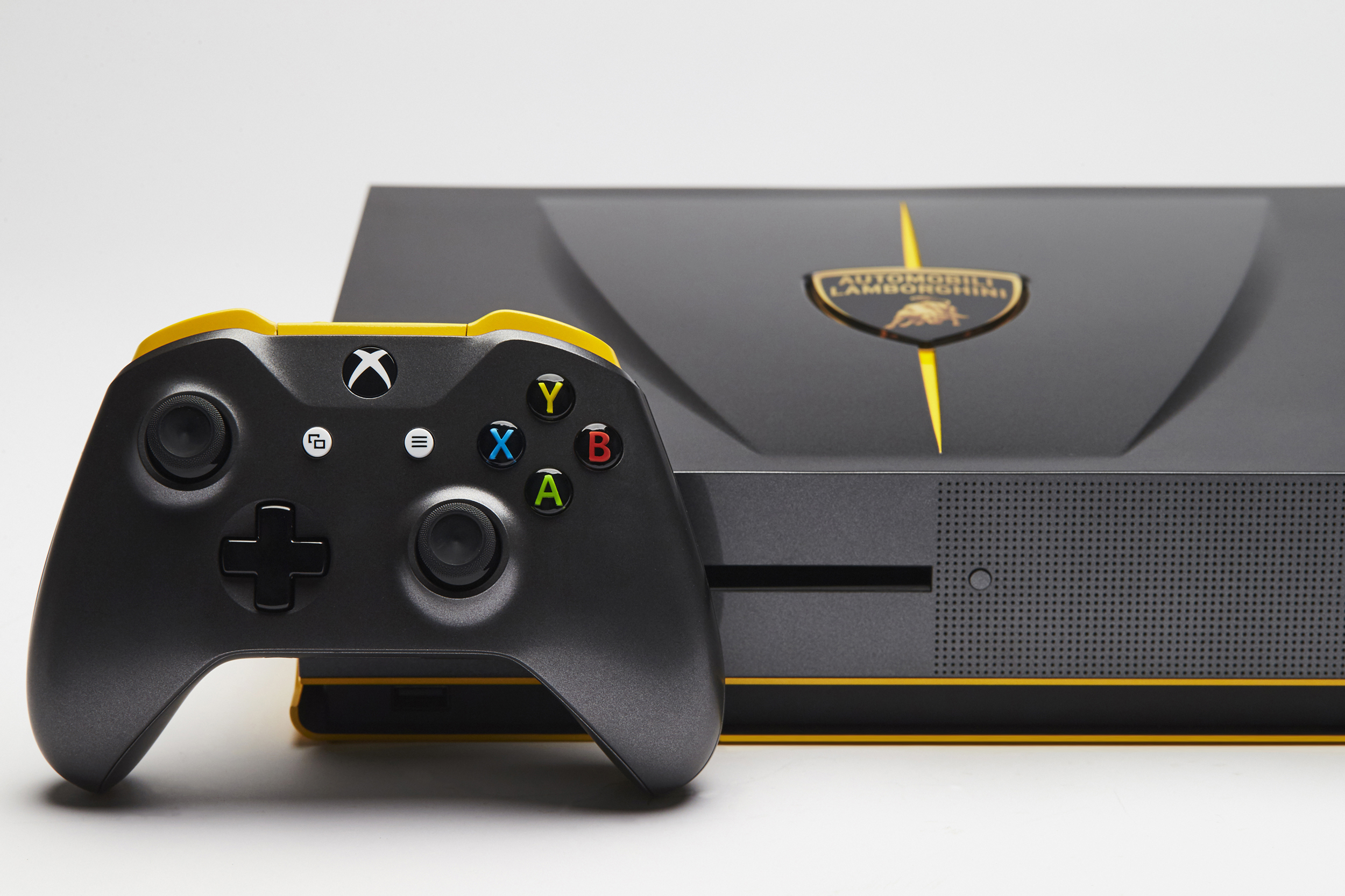 One-of-a-kind Lamborghini Centenario Xbox One S is ...