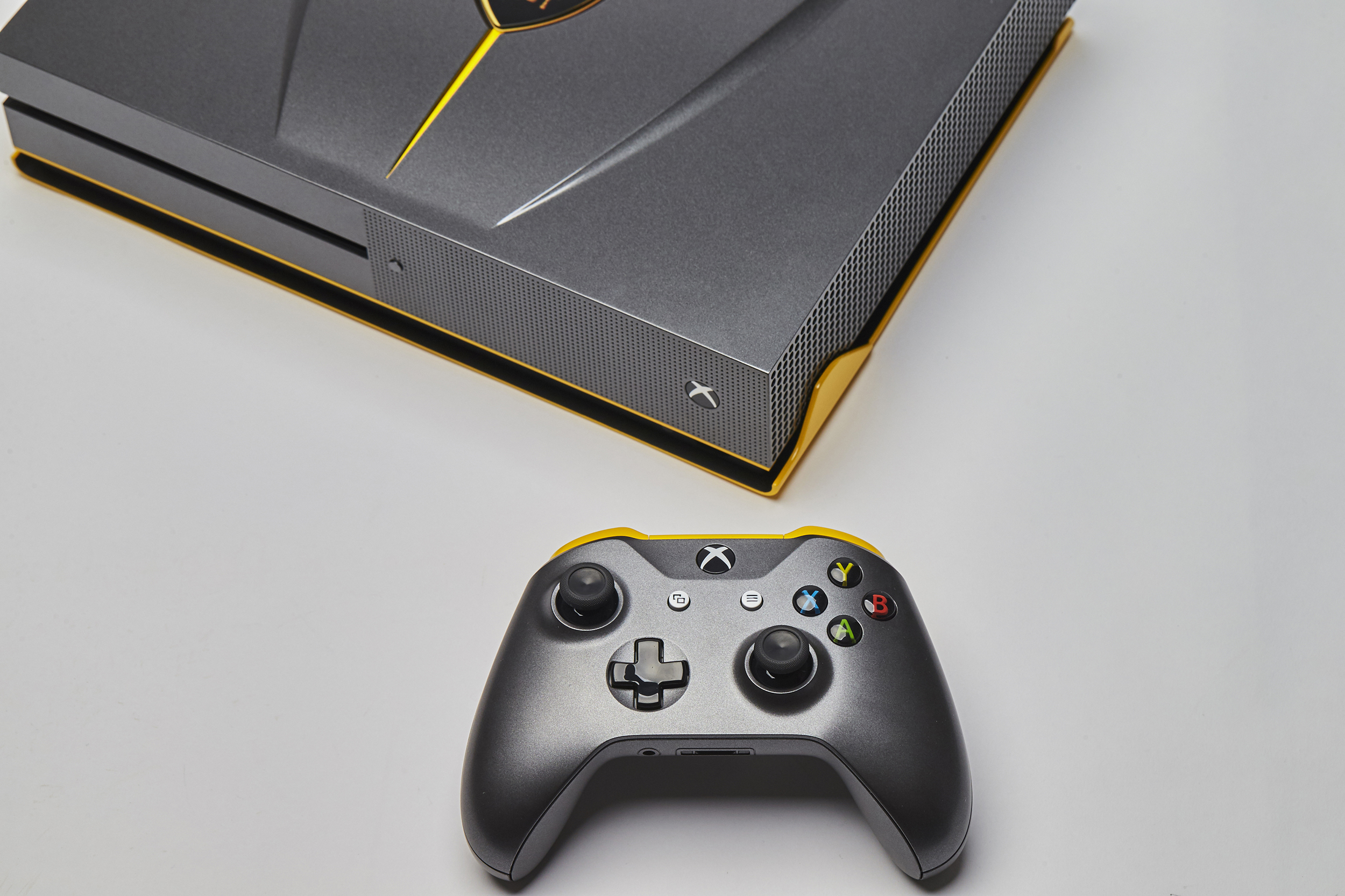 One Of A Kind Lamborghini Centenario Xbox One S Is